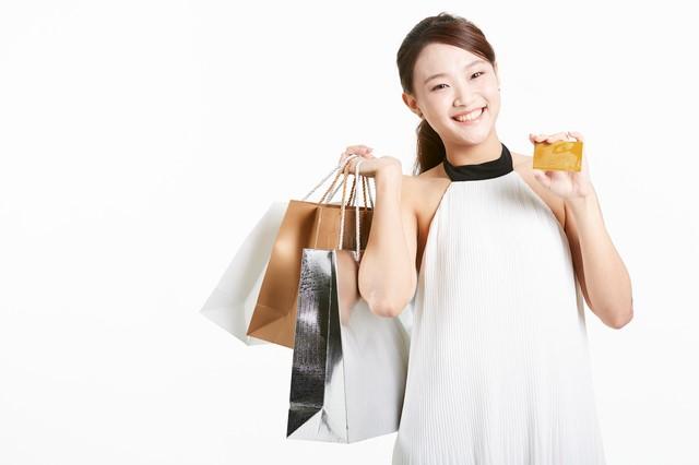 クレジットカードを使って買物